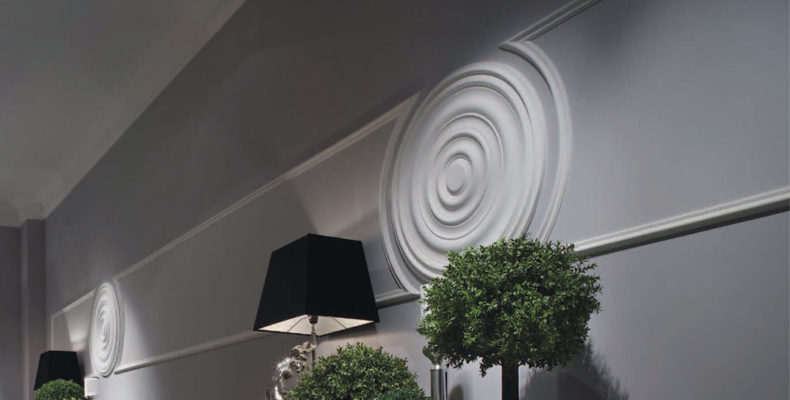 Walls with Ceiling Medallions; elegant wall paneling with flexible molding and medallions; wall decor ideas;interior design inspiration